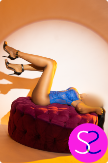 Busty Size 6 Ebony Escort In Manchester Pearl Is A Top Rated Playmate - 0161 798 6769