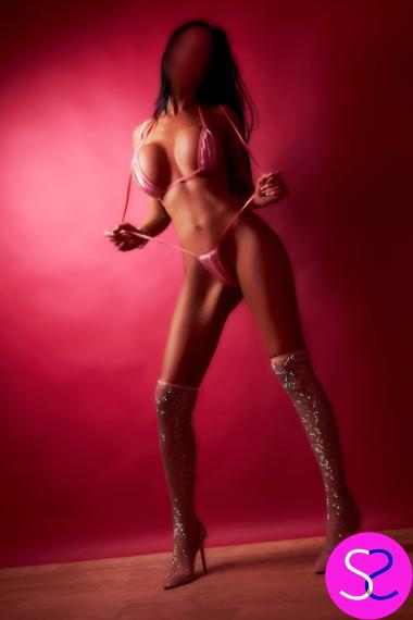 Super Slim Size 8 Enhanced Manchester Party Girl Escort Saskia For Outcalls - 0161 798 6769
