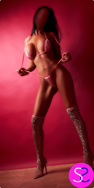 Super Slim Size 8 Enhanced Manchester Party Girl Escort Saskia For Outcalls - 0161 798 6769